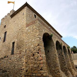 castell medieval de Benedormiens
