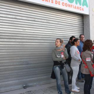 Els piquets han fet tancar un supermercat Mercadona a Tortosa