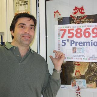 Lluís Antoni Espuis Morera, responsable de l'administració de Calafell, que ha venut part del cinquè premi