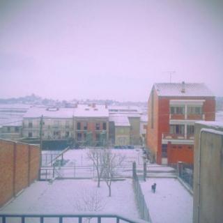 Bona nevada a Prats de Lluçanès aquest diumenge