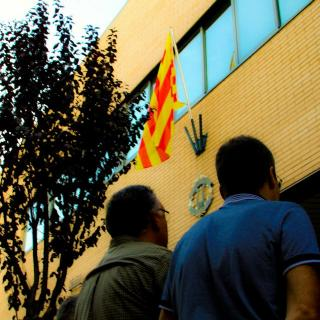 Hissada de la nova senyera a  l'Orfeò Catalonia  Organitzat per Identitat