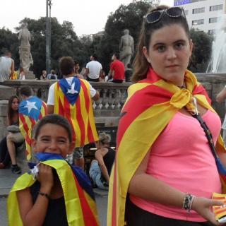 La Laura i en Biel, a plaça Catalunya