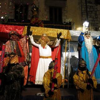 Els Reis d'Orient arriben a Besalú
