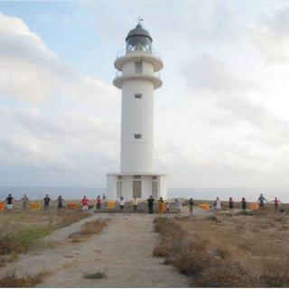 Cadena humana prèvia a la Via Catalana a es Cap de Barbaria, a Formentera