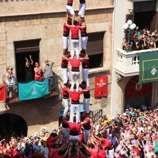 El 3de9 amb folre de la Colla Joves Xiquets de Valls