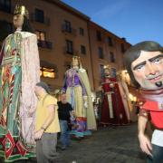 Les Fires de Sant Narcís han començat amb el pregó, la cercavila i el retrò de petards