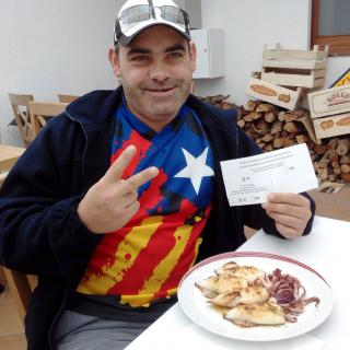 un bon català fot un bon esmorza i després sen va a votar