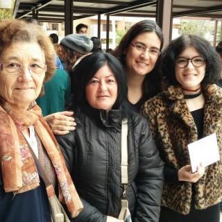 Tres generacions van a votar