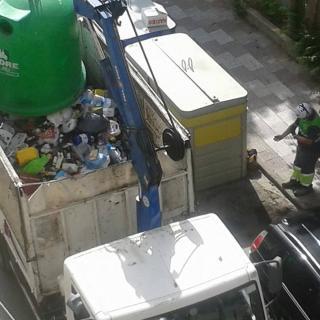 Denuncia de barreja de residus