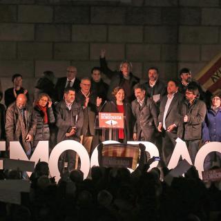 Concentració de suport a Carme Forcadell a la plaça Sant Jaume de Barcelona convocada per Òmnium, AMI, ANC