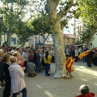 Concentració a la plaça de la Vila de Breda