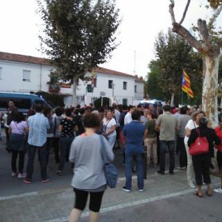 Concentració el 21.09.17 al cuartel de la Guàrdia Civil de Vilanova i la Geltrú