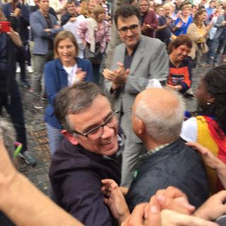 La sortida dels detinguts, sobretot de Lluís Salvadó, ha estat molt emotiva