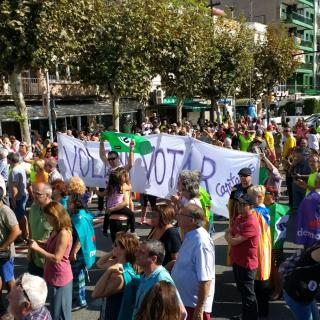 Marató per la Democràcia, davant de l'Ajuntament d'El Masnou