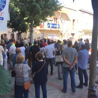 Marató per la Democràcia, davant de l'Ajuntament de Palafolls