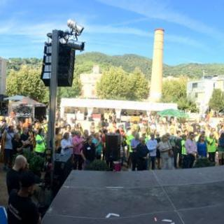 Marató per la Democràcia, davant de l'Ajuntament de Premià de Dalt