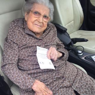 Maria Ros Riba, 101 anys, la veïna més gran de Vilobí del Penedès.