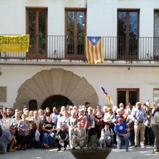 Concentració 17-O. Ajuntament Sant Iscle de Vallalta