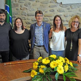 5 Consellers de JUNTS PER BESCANÓ, que seran a l'oposició.