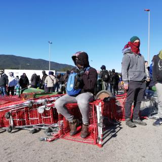 L'AP-7 queda buida de manifestants a la frontera i el Tsunami crida a tallar la N-II a la Jonquera