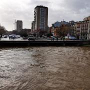 Girona-Riu Onyar - Pont de Pedra 11:30h