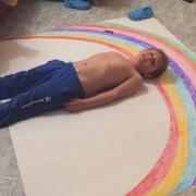 Hola!!! Sòc l'Èric un nen de 6 anys k  viu a Olot i os vull comunicar que!!!   TOT ANIRÀ BÈ !