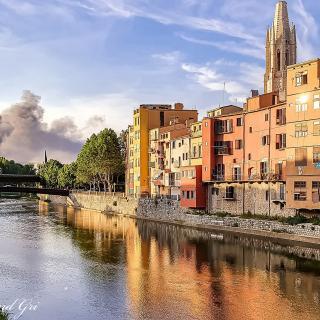 Un incendi crema l'empresa Auladell de Sarrià de Ter