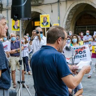 Desè acte presencial a la plaça del Vi després del confinament provocat per la COVID19. Seguim defensant tots els drets i exigint la llibertat immediata de tots els presos polítics i la fi de la repressió
