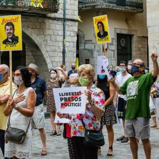 CONCENTRACIÓ unitària dels dilluns per la #llibertatpresospoliticsiexiliats  149a concentració consecutiva