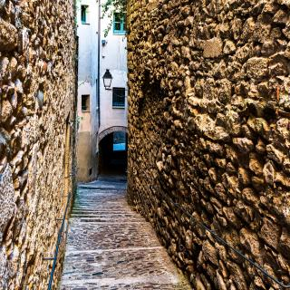 Call - Girona (1)