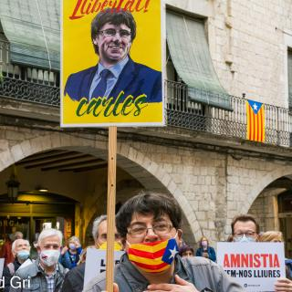 ACTE PRESENCIAL unitari dels dilluns per la llibertat dels presos polítics i el retorn en llibertat dels exiliats!   188a concentració consecutiva. Dilluns 17 de maig