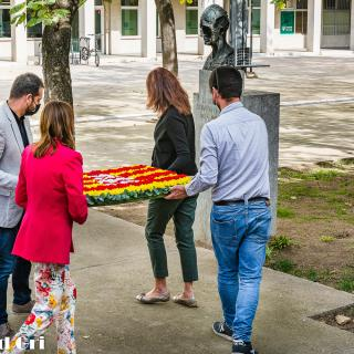 L'Ajuntament de Girona realitza l'ofrena floral al president de la Generalitat Lluís Companys