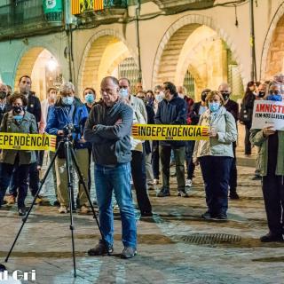 ACTE UNITARI dels dilluns per l'amnistia dels presos polítics, el retorn en llibertat dels exiliats i per la fi de la repressió a tots els represaliats!  210a concentració consecutiva