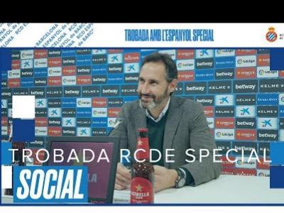 El vídeo de la trobada entre els tècnics de l'Espanyol, Vicente Moreno i Rubén Casada, amb els jugadors de l'Special del club  blanc-i-blau