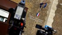 Càmeres de televisió davant la presó de la Santé, dimecres a París