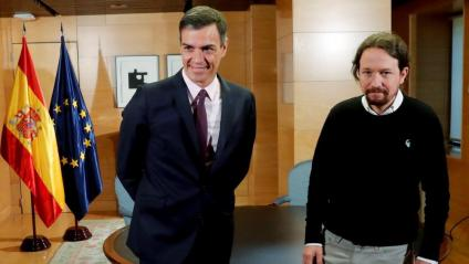 El president del govern espanyol en funcions, Pedro  Sánchez, i el líder de Podem, Pablo Iglesias, en una trobada recent al Congrés