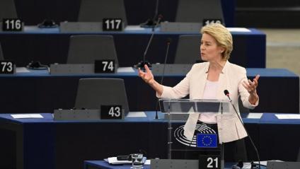 La candidata a presidir la CE Ursula von der Leyen, aquest dimarts durant el seu discurs al Parlament Europeu