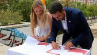 L'alcalde de Badalona, Álex pastor, amb la nova primera tinenta d'alcaldia, Aïda Llauradó