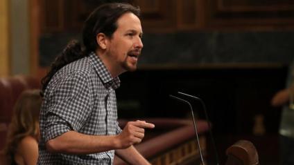El líder de Podem, Pablo Iglesias, durant la seva intervenció al debat d'investidura