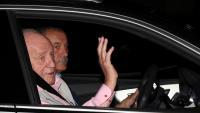 El rei emèrit, Joan Carles I, arribant divendres a l'hospital Quirón de Madrid