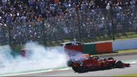 Verstappen, entregirat en el primer revolts, després de tocar-se amb Leclerc