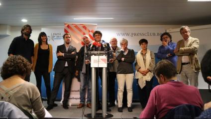 Representants del Consell per la República i el seu president, Carles Puigdemont, durant una roda de premsa a Brussel·les, el passat 1 d'octubre