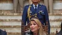 La cap del govern provisional de Bolívia, Jeanine Áñez, en una conferència de premsa a La Paz