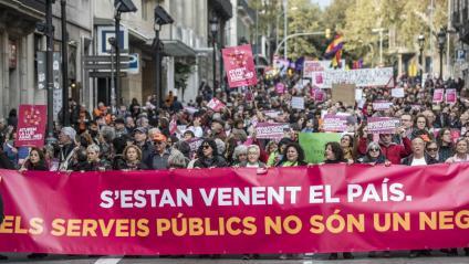 Vista de la capçalera de la manifestació, aquest diumenge a Barcelona