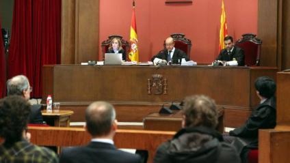Vista del tribunal que jutja el president Torra, presidit pel magistrat Jesús María Barrientos