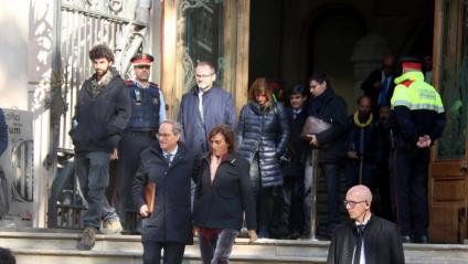 El president de la Generalitat, Quim Torra, sortint aquest dilluns al migdia del Palau de Justícia després de comparèixer al TSJC