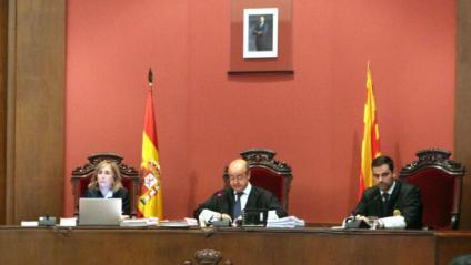 Vista del tribunal que jutja Torra per desobediència, dilluns al TSJC