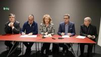 Josep Giralt, Miquel Pueyo, Mariàngela Vilallonga, Joan Talarn i Salvador Giménez Valls, durant la compareixença d'aquest dimecres al Museu de Lleida