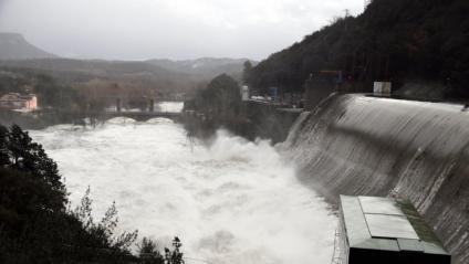 El riu Ter, baixant amb força al Pasteral