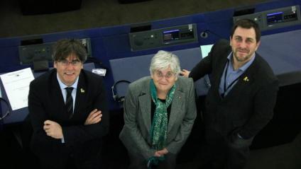 Els eurodiputats Carles Puigdemont, Clara Ponsatí i Toni Comín, al Parlament Europeu